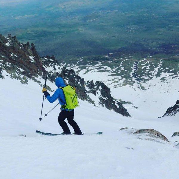 Ski Mt Hasan Mt Taunus descente