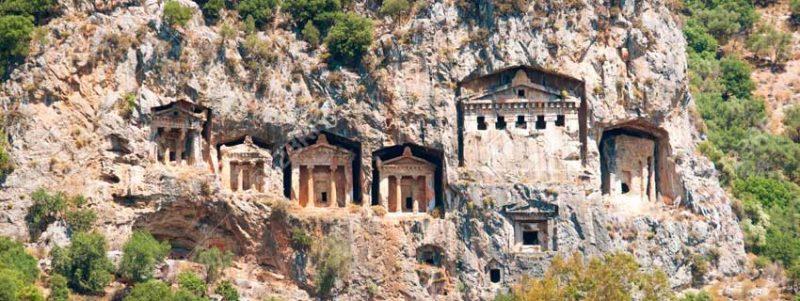 famous-lycian-tombs-of-ancient-caunos-city-dalyan-turkey